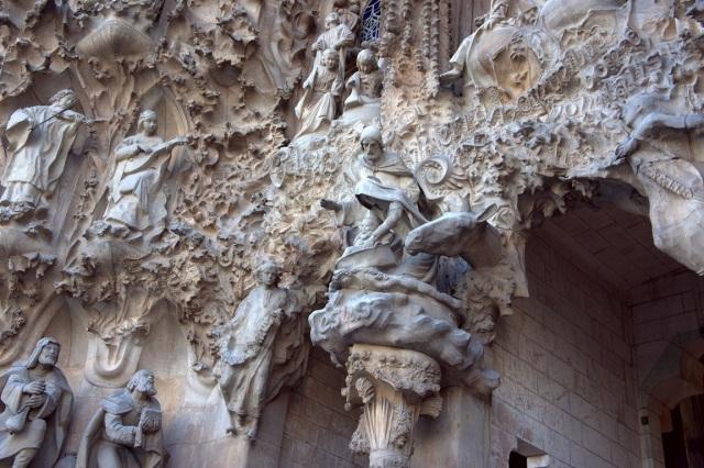Sagrada Familia DetailImage from Wikimedia Commons